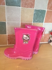 Girls Hello Kitty Wellies - BRAND NEW